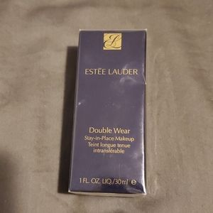 BNIB Estée Lauder Double Wear foundation 2C4